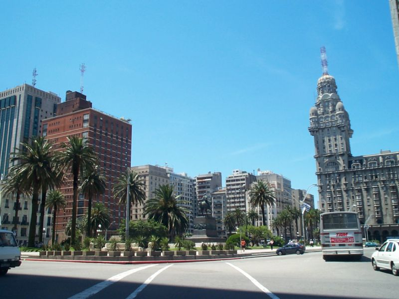 Paquete a Montevideo